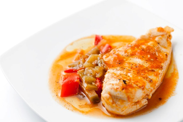Pechuga de pollo con pisto a domicilio platos sanos de - Platos con pechuga de pollo ...